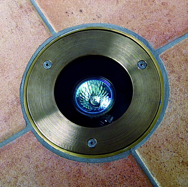 Fear Of Driving >> Driveway Light suitable for walking or driving over without fear of damage